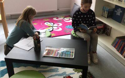 Schulbibliothek erstrahlt in neuem Glanz